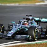 Mercedes nera contro il razzismo